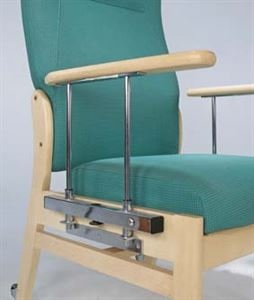 Picture of X-large elite chair with drop down arms